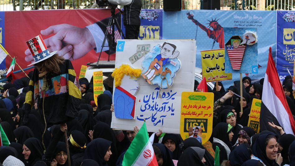 Anti-USA-Proteste in Teheran