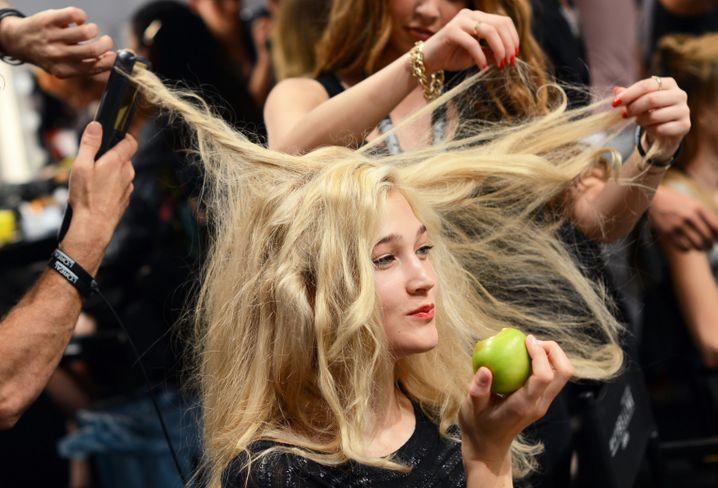 Endlich wieder Ordnung auf dem Kopf: Ab heute dürfen Friseursalons in Deutschland wieder öffnen