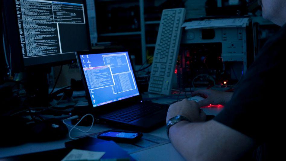 Dunkle Machenschaften: Hacker dringen in Netzwerke ein und stehlen mit Vorliebe Krypto-Gelder
