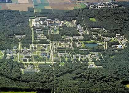 Aufholjagd: Wie die deutsche Wissenschaft zur Weltspitze durchstartet, zeigt die Forschungsfabrik in Jülich