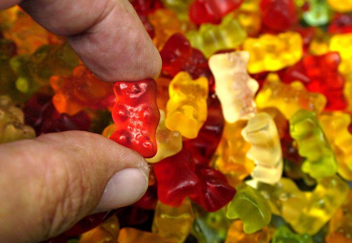 """Gummibärchen: Die Bezeichnung """"ohne Fett"""" auf der Packung verwandelt die Bären nicht zum Schlankmacher - statt Fett enthalten sie reichlich Zucker"""