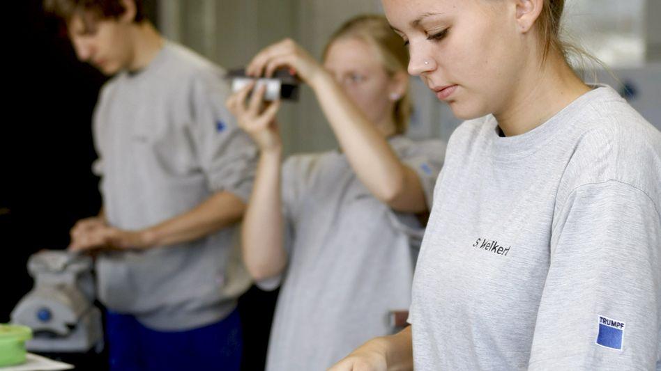 Auszubildende zum Industriemechaniker: Zahl der Bewerber sinkt