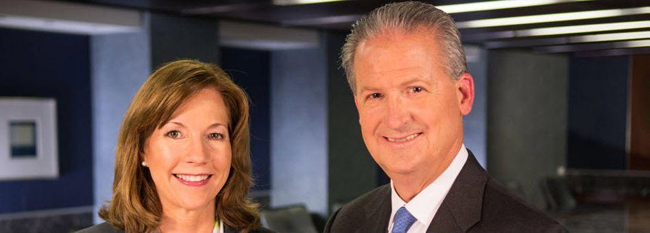 Wirtschaftsprüfer: Mit Lynne Doughtie bekommt der zweite große Konzern eine Chefin. Rechts im Bild P. Scott Ozanus