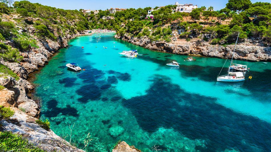 Beliebte Urlaubsinsel: Malerische Buchten wie diese locken Jahr für Jahr viele Touristen nach Mallorca - und Immobilienkäufer ebenfalls.
