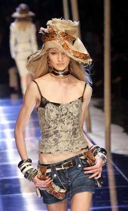 Schlange am Hut: Dolce&Gabbana