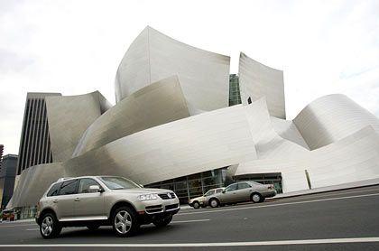 Umkämpfter US-Markt: VW Touareg vor der Los Angeles Philharmonie
