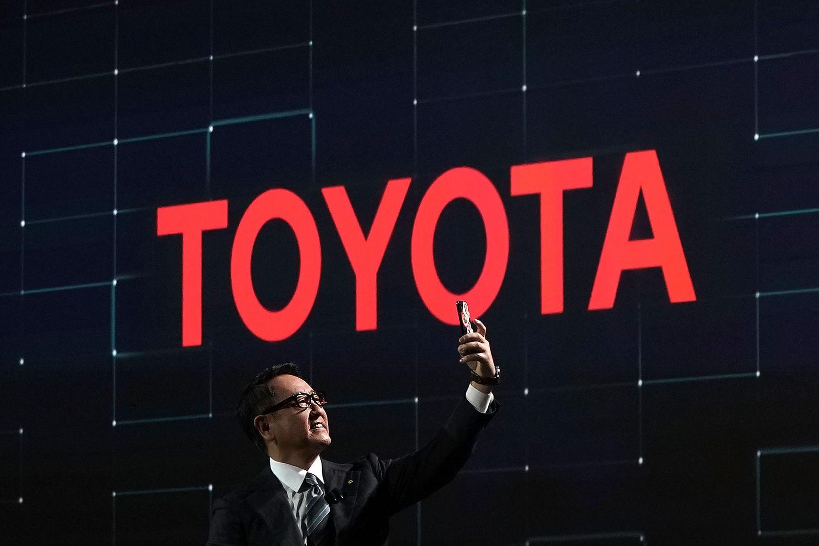 EINMALIGE VERWENDUNG Toyota / Akio Toyoda