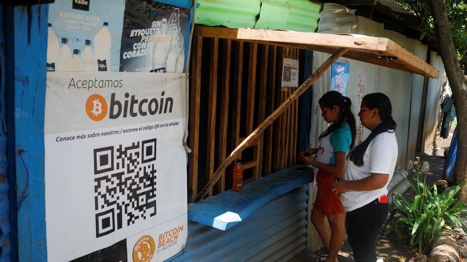 Geschäft in Chiltiupan, El Salvador: Spätestens Anfang Herbst müssen alle Unternehmen in dem Land Bitcoin als Zahlungsmittel akzeptieren