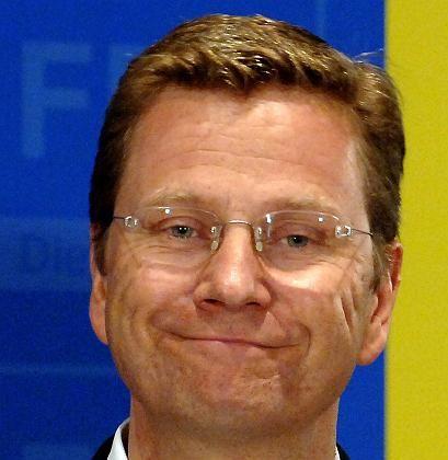 """""""Glasklares Nein"""": Die FDP und ihr Chef Guido Westerwelle lehnen eine höhere Mehrwertsteuer ab"""