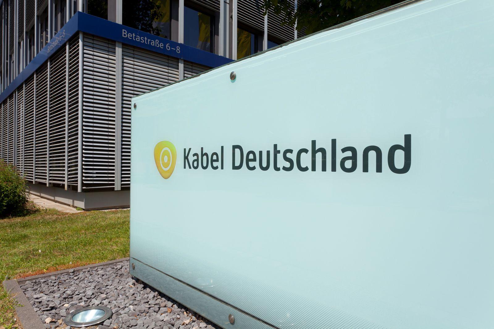 Kabel Deutschland / Zentrale; Schild