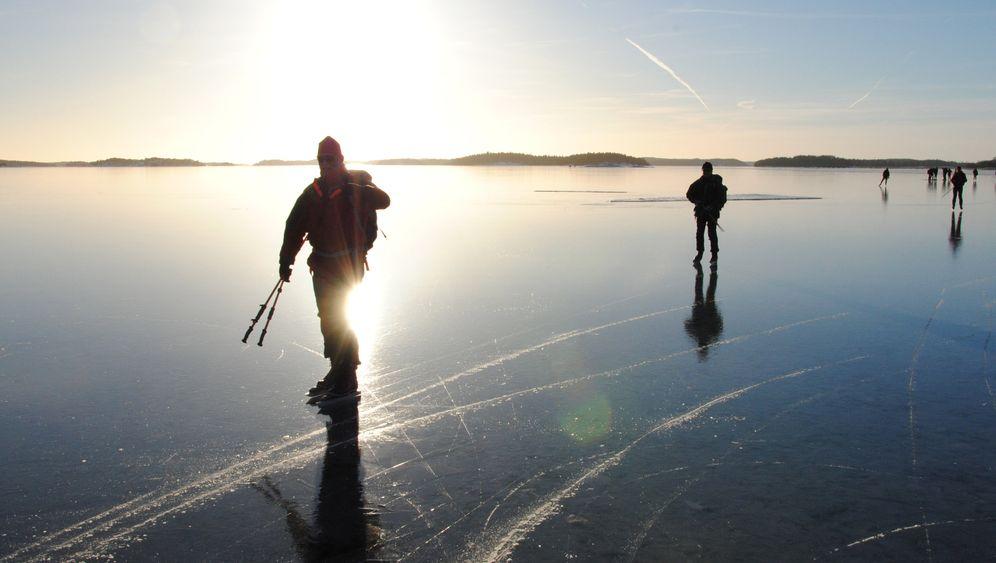 Die Suche nach dem schwarzen Eis: Schlittschuhwandern in Schweden