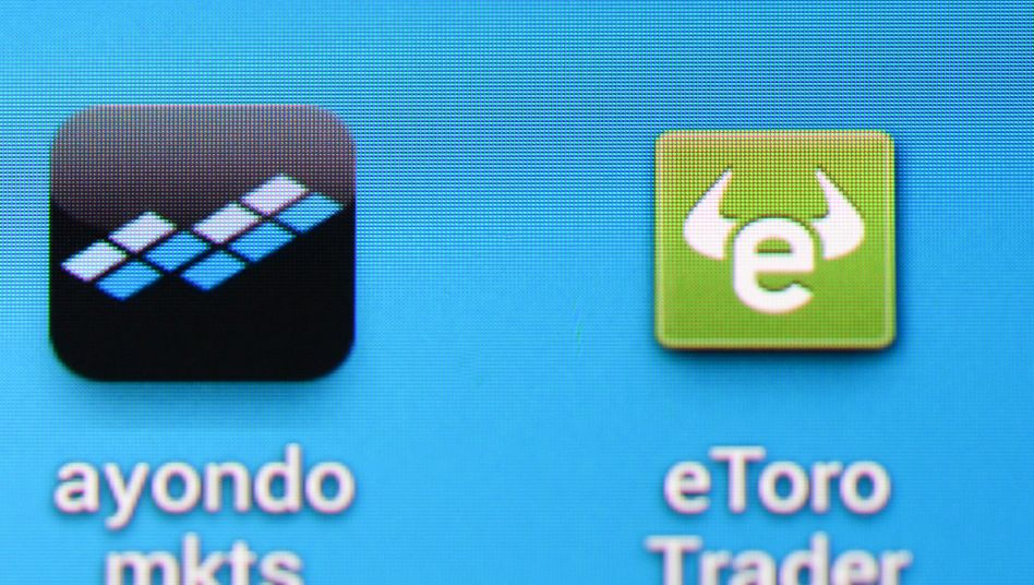 Social-Trading-Plattformen: Bei sozialen Netzwerken der Geldanlage wie zum Beispiel Etoro gehen Kunden nicht zu ihrem Bankberater, sondern folgen Händlern auf speziellen Plattformen im Internet und kopieren deren Strategien