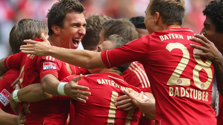 Grund zur Freude: Bayern München, Borussia Dortmund Schalke 04 haben bereits 8,6 Millionen Euro Antrittsgage sicher