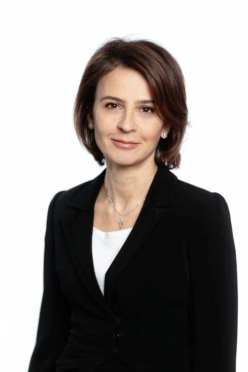 Sirma Boshnakova: Die 49-Jährige soll bis Ende 2022 die Aufgaben von Sergio Balbinot im Allianz-Vorstand übernehmen