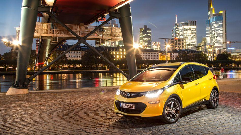 Spielt bei Opel künftig keine Rolle mehr: die einstige Elektro-Hoffnung Ampera-e