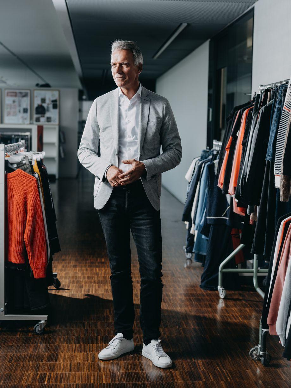 Managermodel: Claus-Dietrich Lahrs trägt, was er verkaufen will - S.Oliver.