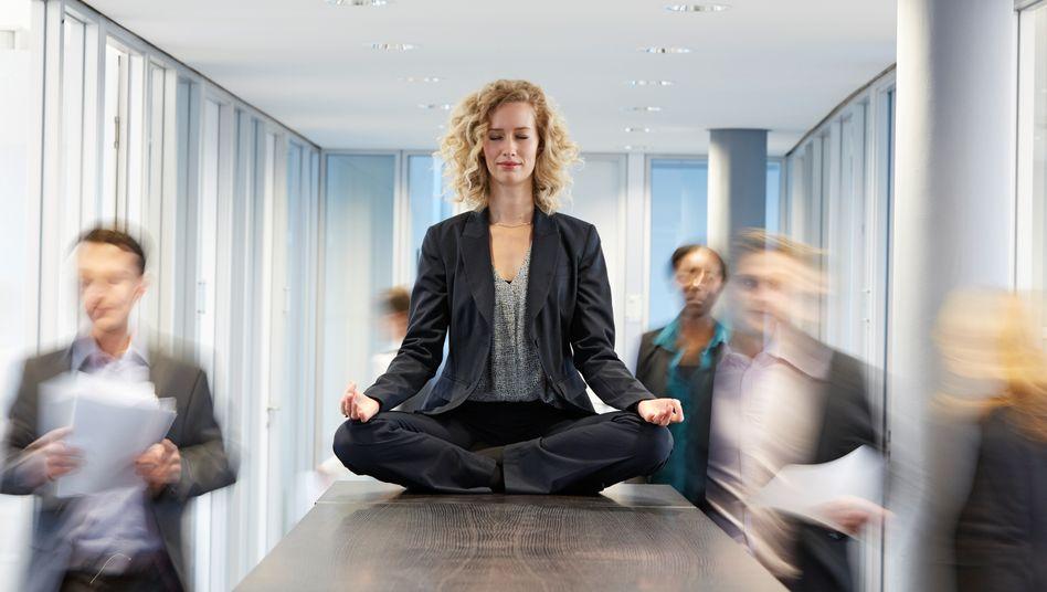 Ruhe im Sturm: Meditation kann helfen, Stresssituationen abzufedern