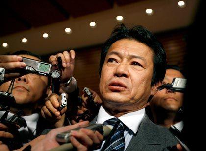 Shoichi Nakagawa: Ungünstiger Auftritt auf dem G7-Gipfel in Rom
