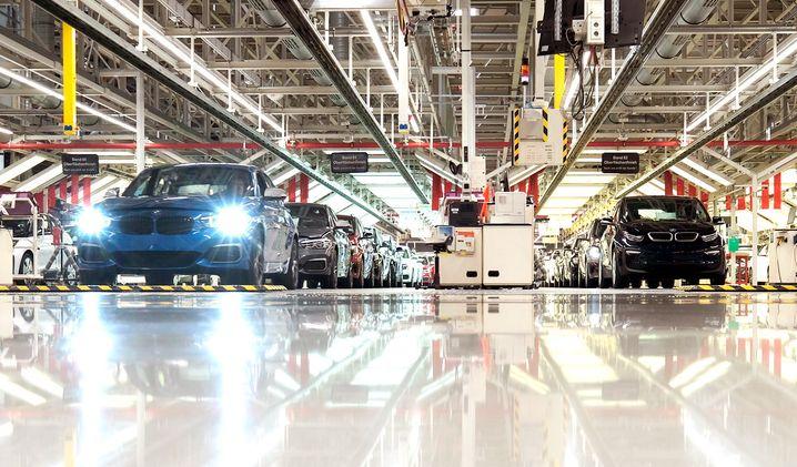 BMW-Werk in Leipzig: BMW schickt 20.000 Mirarbeiter in Kursarbeit