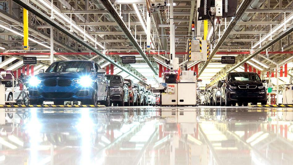 BMW-Produktion in Leipzig: 2019 ging für die deutschen Autobauer glimpflich zu Ende. 2020 wird ein Jahr entscheidender Weichenstellungen