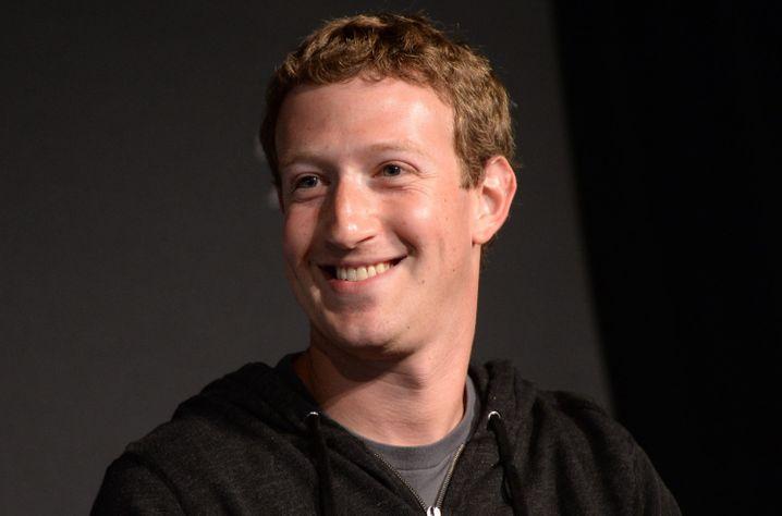 Facebook-Gründer Mark Zuckerberg: Seiner Rot-Grün-Schwäche dürfte die Farbe des Facebook-Logos geschuldet sein