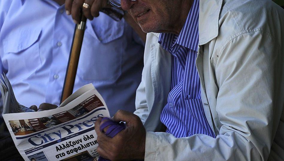 Rentner in Athen: Reiche Landsleute aus dem Ausland sollen jetzt den Griechen helfen