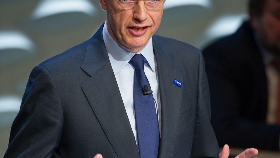 Bleibt vorsichtig: BASF-Chef Kurt Bock schätzt Gewinn- und Umsatzentwicklung in diesem Jahr eher konservativ ein