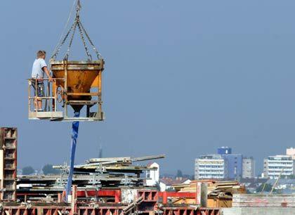 """""""Beton, Marsch!"""": Bis 2015 liegt der Bedarf in Deutschland bei 400.000 Neubauten jährlich"""