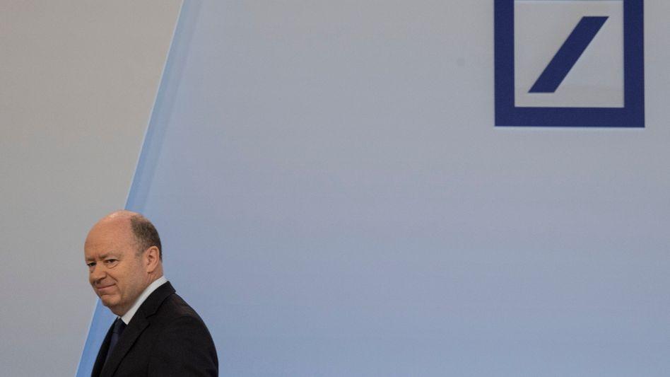 John Cryan: Der extern engagierte CEO der Deutschen Bank musste nach der Sanierungsarbeit gehen. Er wurde durch das Hausgewächs Christian Sewing ersetzt