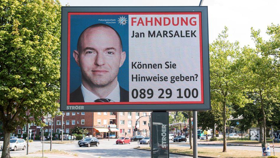 Mit dieser Anzeige fahndet die Polizei nach Jan Marsalek