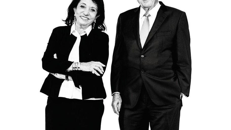 SIXT-PACK eit über 40 Jahren lenken Regine und Erich Sixt den Autovermieter, der inzwischen global unterwegs ist. Sie betreiben ein unternehmerisches Ehegattensplitting: Er ist der Stratege, sie die Außenministerin.