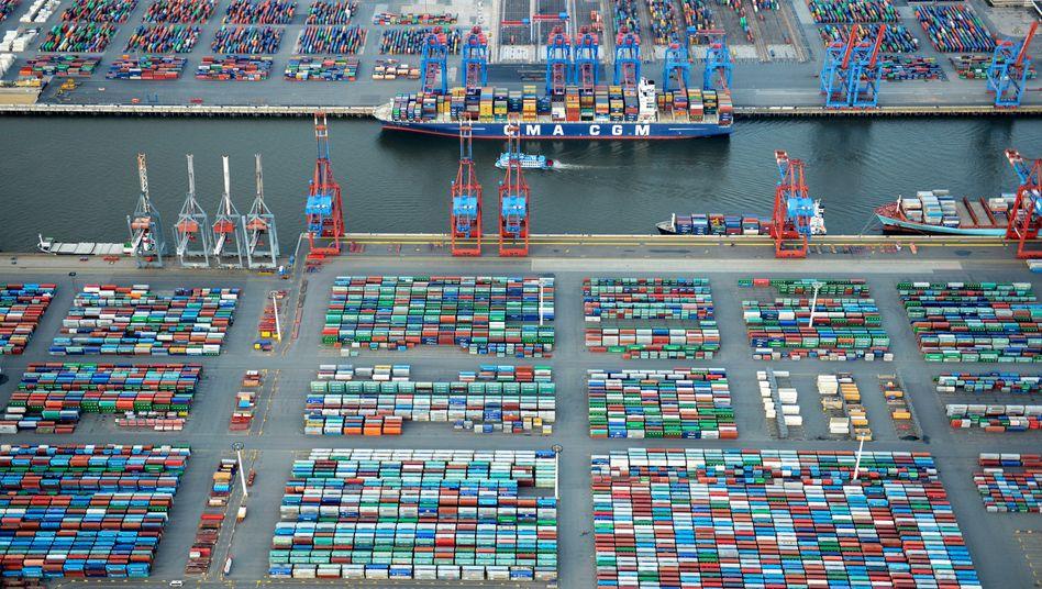 Hafen Hamburg: 2,3 Prozent Wachstum für 2018, Arbeitslosenquote soll auf 5 Prozent sinken bis 2019