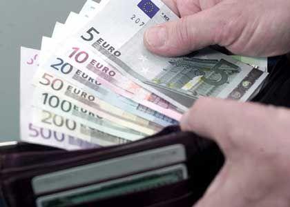 """""""Nicht kreditwürdig"""": Ein negativer Schufa-Vermerk bedeutet bei Banken die Rote Karte - und bald auch in anderen Lebensbereichen"""