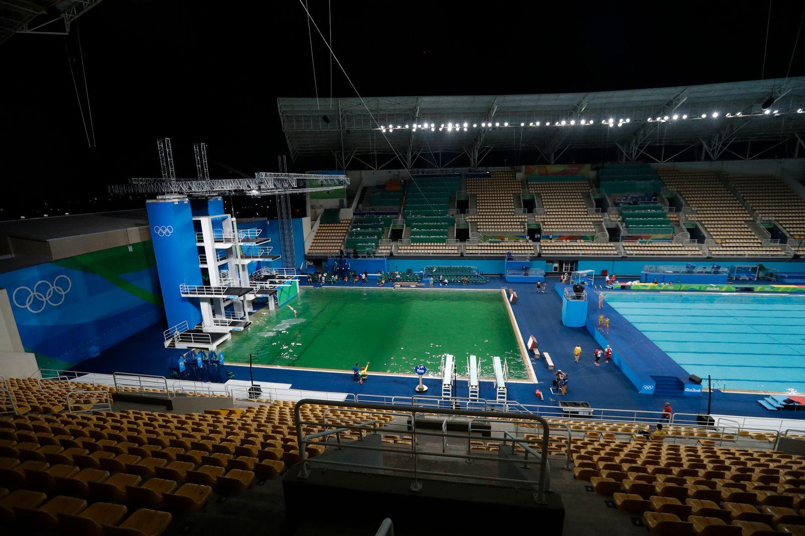 Rio / Olympia / Grünes Wasser