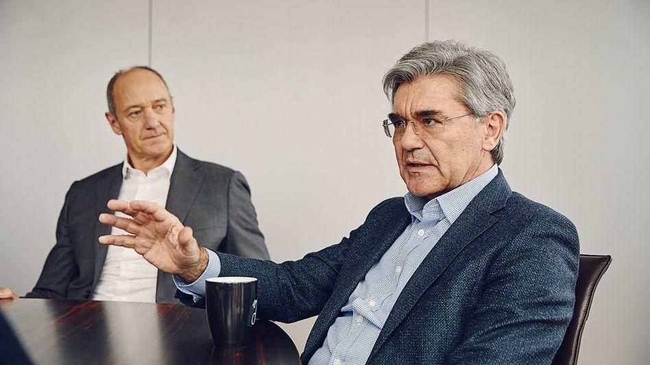 """""""Der Anspruch muss sein zu gewinnen"""": Vorstandschef Joe Kaeser (62) und sein Vize Roland Busch (55)."""