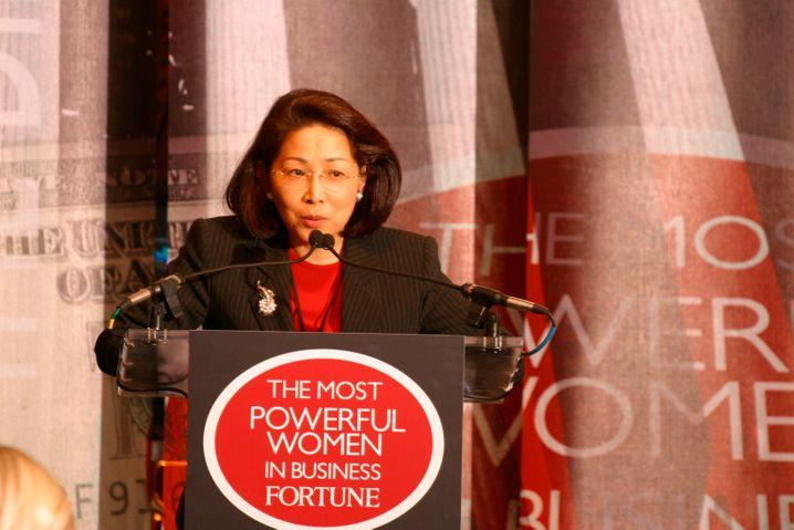 Sakie T. Fukushima: Die bekannte Managerin bringt das Thema Frauenförderung in die Chefetagen japanischer Konzerne