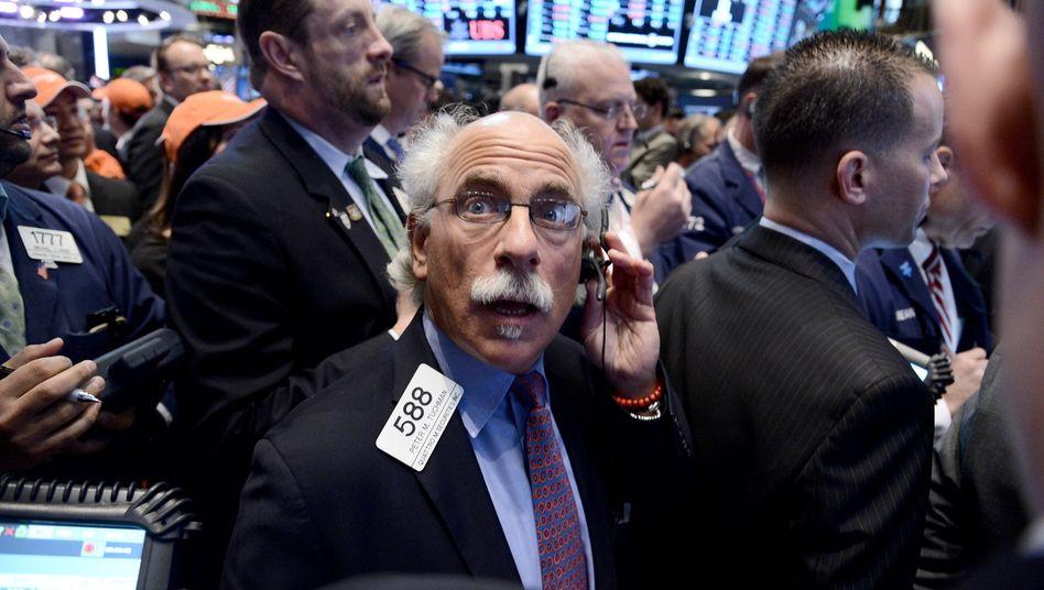 Kaufen, Kaufen, Kaufen: US-Investmentbanker von Goldman Sachs sitzen auf eigentümlich erworbenen Optionsscheinen