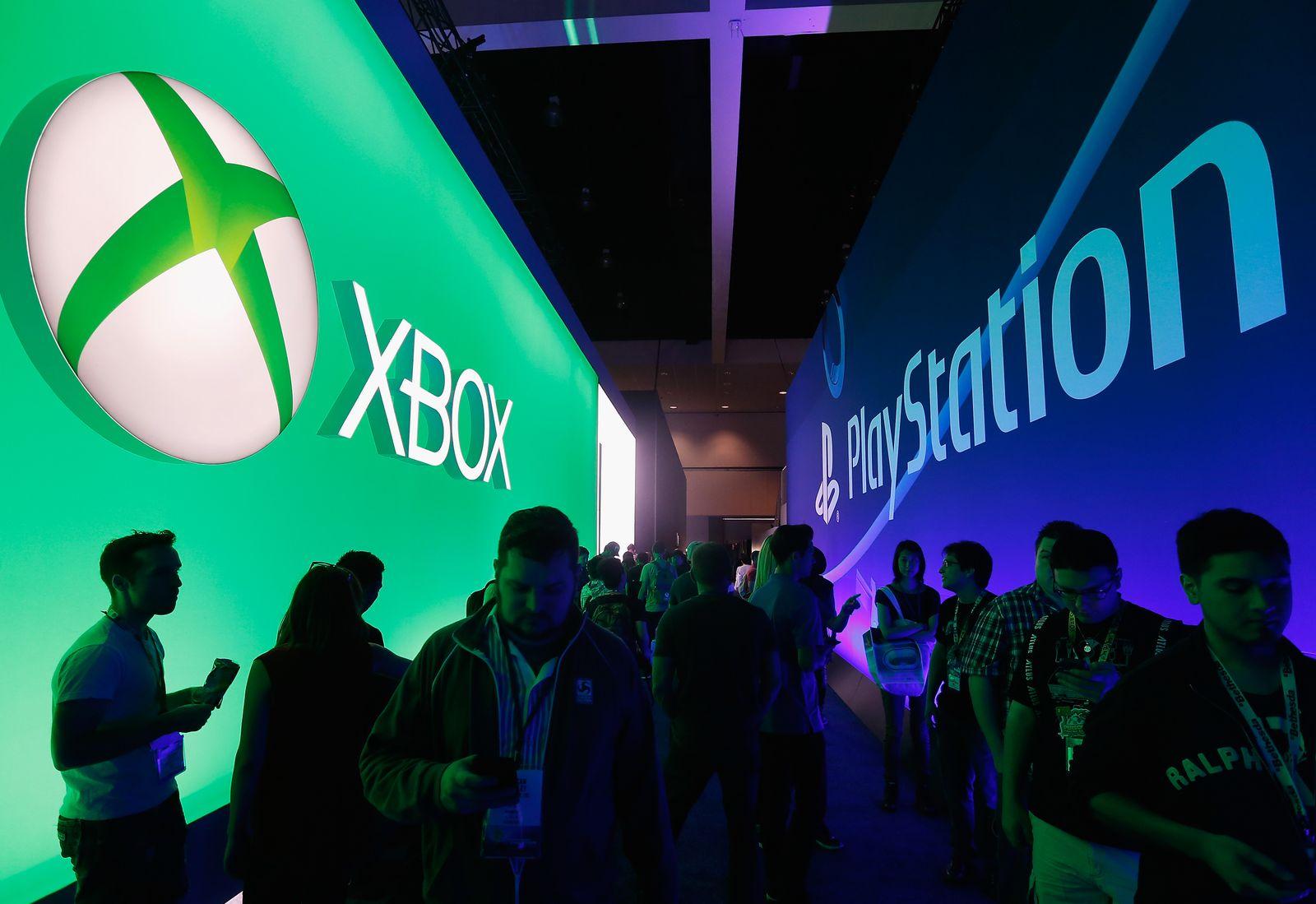 Microsoft XBox / Sony PlayStation