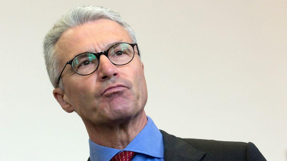 Fühlt sich von seinen Ex-Beratern im Stich gelassen: Ex-Wölbern-Chef Schulte in Hamburg vor Gericht