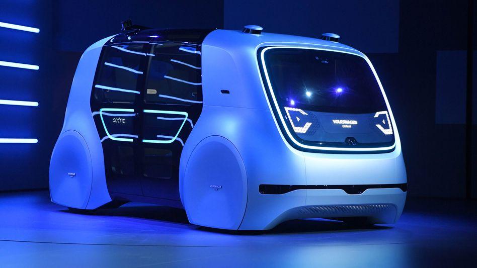 """Roboterauto """"Sedric"""" auf der IAA: VW will den Vorstand erweitern und ein zusätzliches Vorstandsmitglied für Digital- und IT-Themen berufen"""