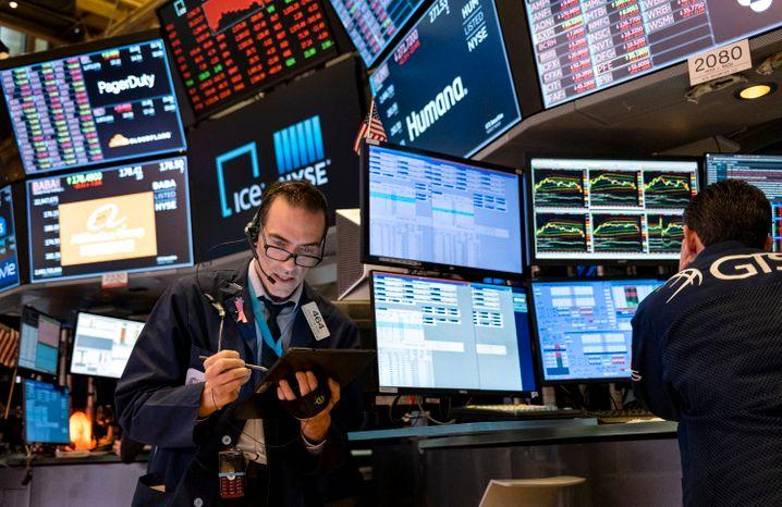Warnungen vor dem Absturz: Händler an der Wall Street.