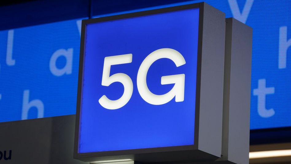 5G Mobilfunk: Vier Konzerne wollen für die Frequenzen bieten