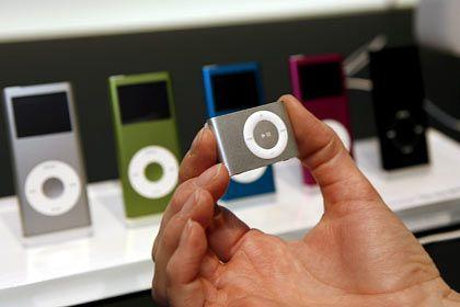 Verkaufsschlager: Der digitale Musikspieler iPod verkauft sich sehr gut und wird ständig weiterentwickelt