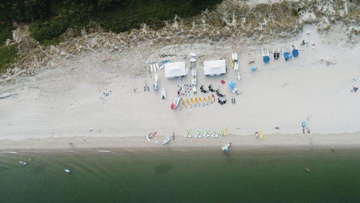 Wassersportzentrum Hörnum auf Sylt - wen kaltes Wasser nicht schreckt, der ist als Surfer auf der Ferieninsel richtig