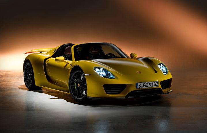 Porsche 918 Spyder: Der Öko-Muskelprotz zeigt, was mit zwei Antrieben derzeit technisch machbar ist - zum Millionärspreis