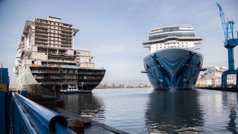 Bug der Aidanova im Baudock in Papenburg (Archiv): Das fertige Schiff soll im November übergeben werden