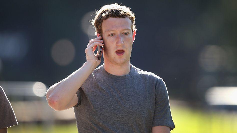 Mark Zuckerberg: Der Facebook-Chef macht die privaten Daten seiner Nutzer jetzt auch auf fremden Seiten zu Geld