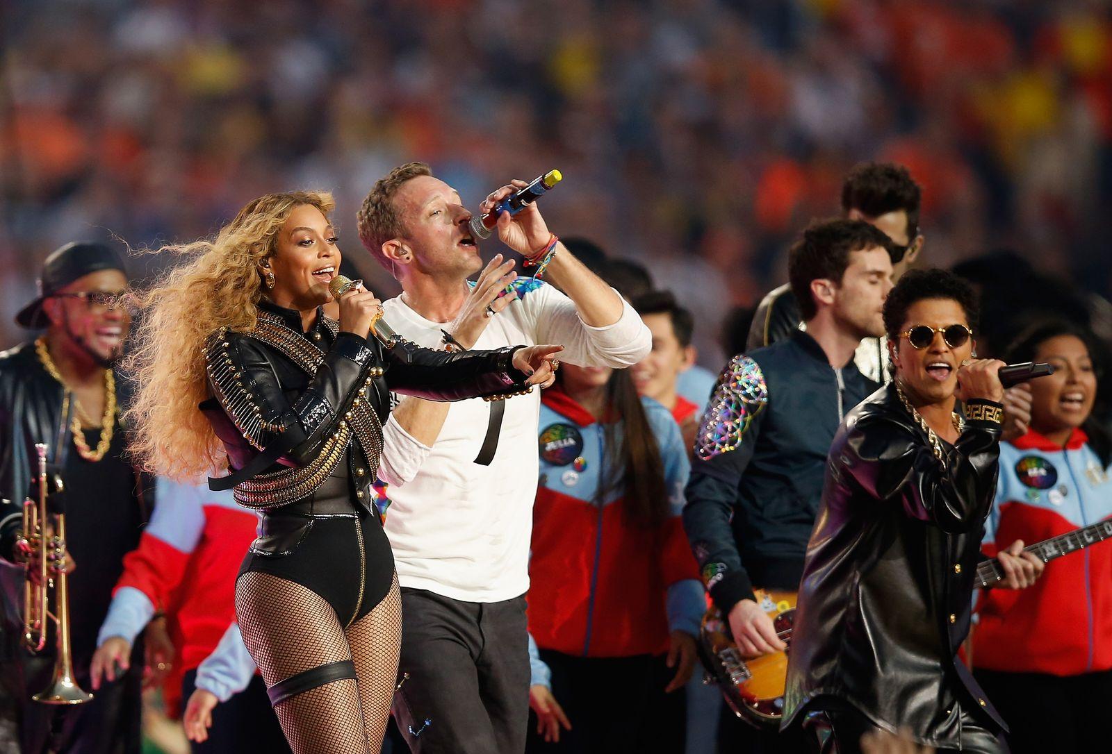 Super Bowl/ Halftime Show/ Beyonce/ ChrisMartin/ Bruno Mars/ 2016