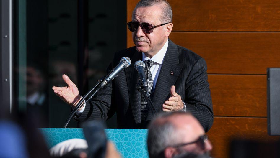 """""""Wir helfen uns selbst"""": Recep Tayyip Erdogan, Präsident der Türkei"""