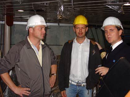 Führungstruppe: (v.l.n.r.) Kapitän Kildal, Staff Captain Ramsoj, Hotelchef Lugmaier